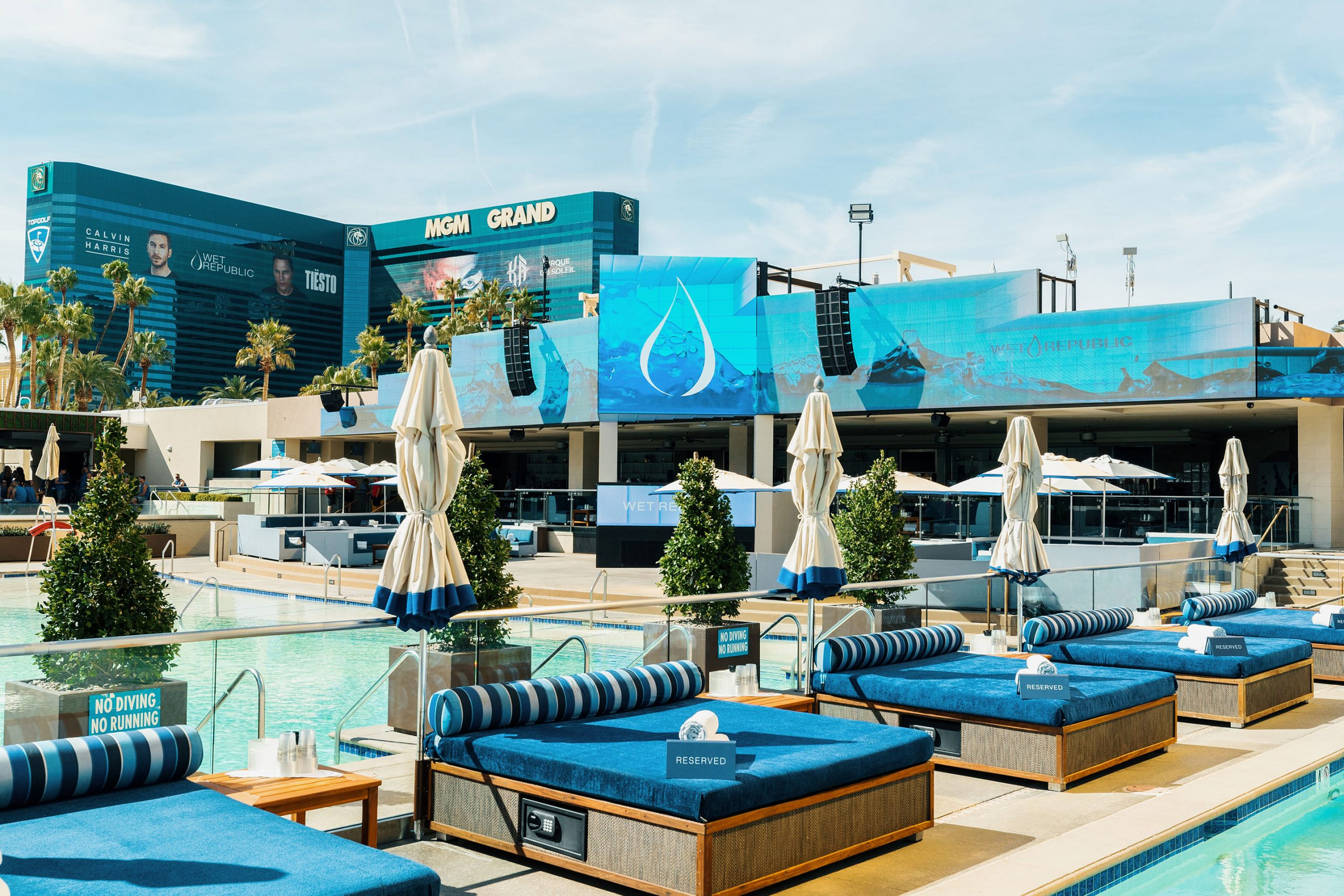 Wet Republic Ultra Pool at MGM Grand, Las Vegas featured image