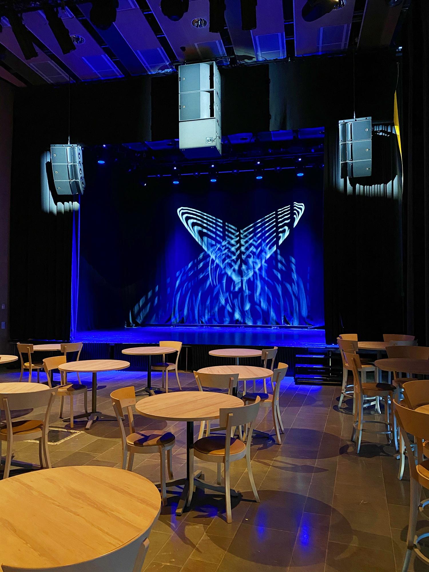 Spiraのカフェステージ